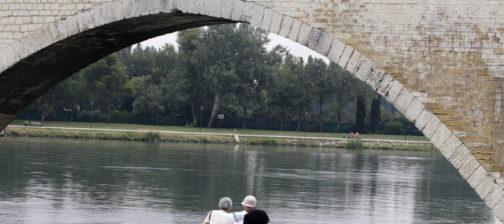 asiatique pont d'avignon